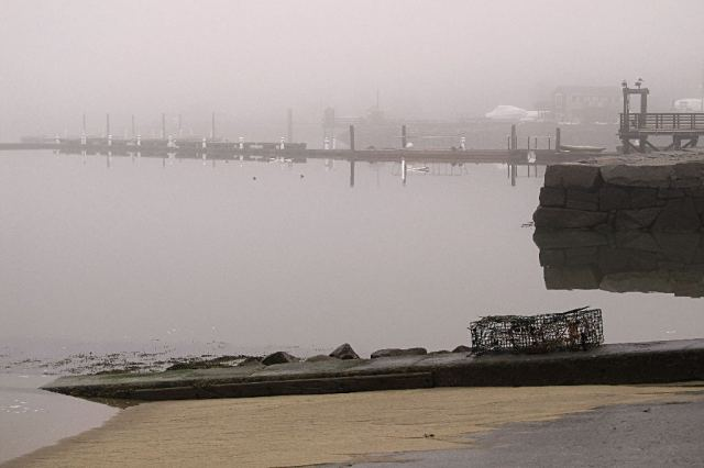 IMG_0672 Hingham Boat Ramp and docks in the fog