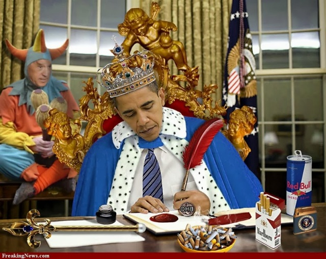 1-The-King-Barack-Obama-And-His-Jester-78130