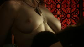 Game-of-Thrones_S01E07_Esme-Bianco__Sahara-Knite_04